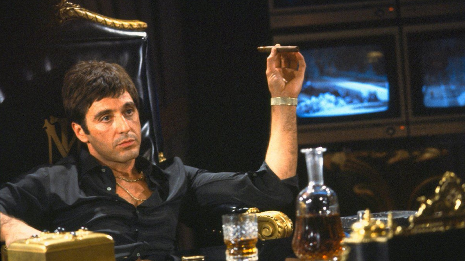 "Scarface regresa, ""Say hello to my little friend"""