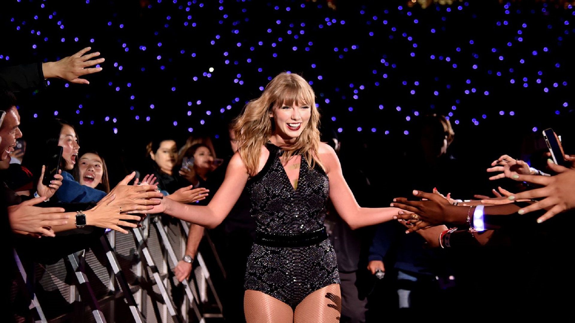 "Taylor Swift rompe récords con ""Folklore"""